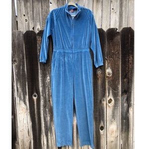 Vintage 1970s Winter Valor Baby Blue Jumpsuit